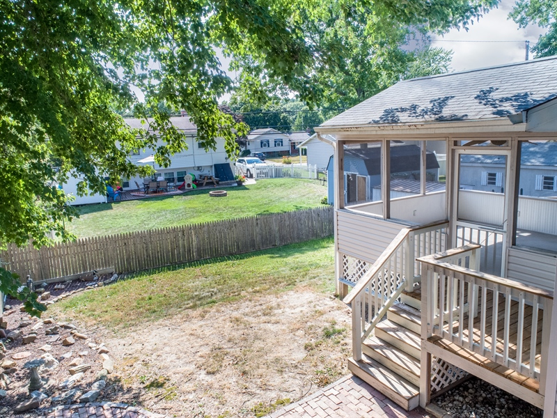 Real Estate Photography - 108 Rolling Dr, Newark, DE, 19713 - Side view of home