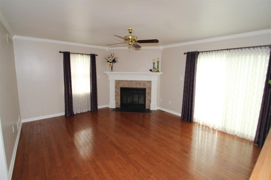 Real Estate Photography - 37 Danvers Cir, Newark, DE, 19702 - Family Room