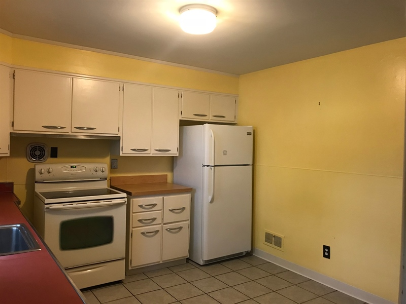 Real Estate Photography - 408 Crest Rd, Wilmington, DE, 19803 - Location 4