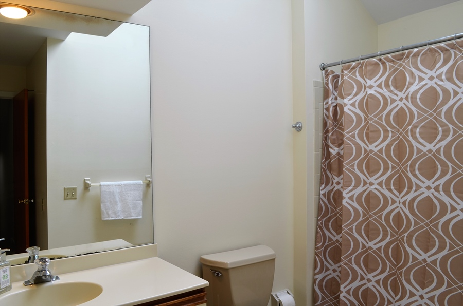 Real Estate Photography - 9 Steeplechase Rd, Wilmington, DE, 19808 - 2nd Full Bathroom