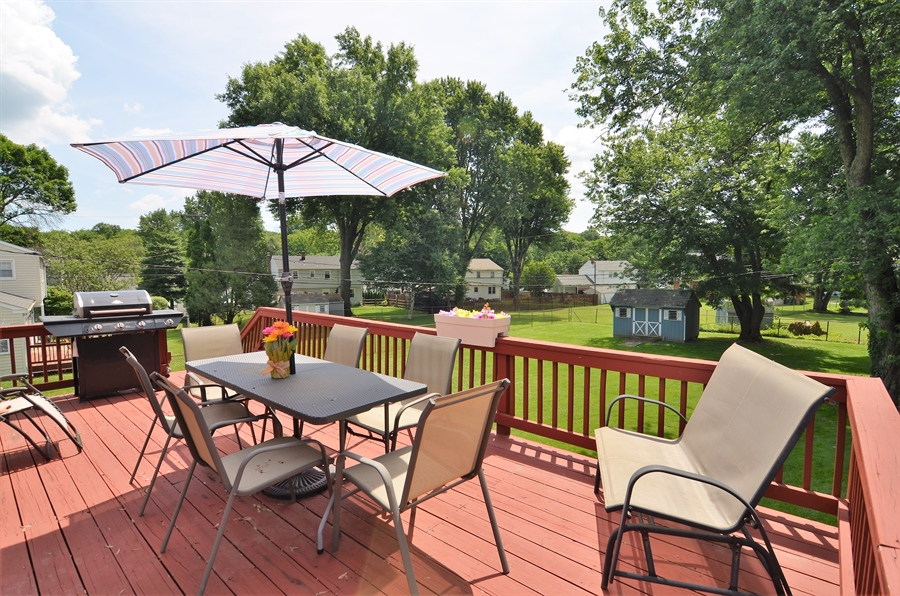 Real Estate Photography - 2210 Lancashire Dr, Wilmington, DE, 19810 - Deck overlooking Beautiful Yard