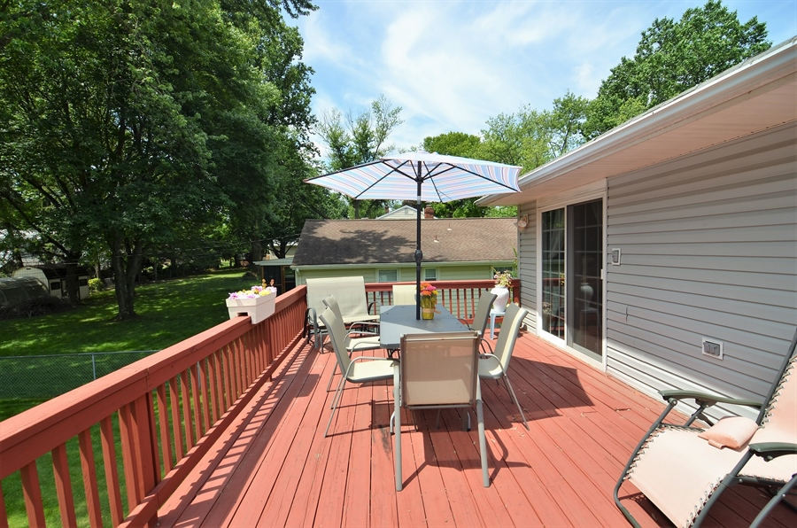 Real Estate Photography - 2210 Lancashire Dr, Wilmington, DE, 19810 - Deck