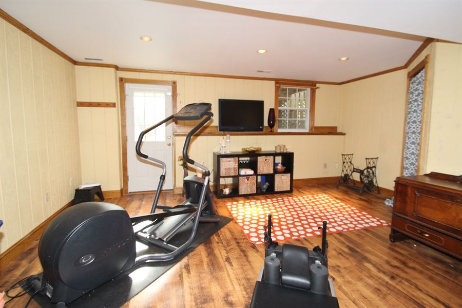 Real Estate Photography - 3 Hibiscus Dr, Newark, DE, 19702 - Family Room