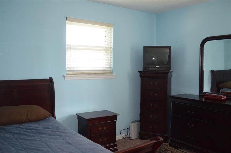 Real Estate Photography - 8 Newside Ct, Newark, DE, 19711 - 2nd bedroom