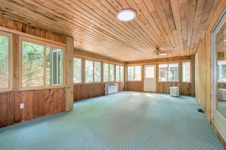 Real Estate Photography - 40 Indian Field Rd, Wilmington, DE, 19810 - Large Sunroom with Heating/Cooling & Ceiling Fan