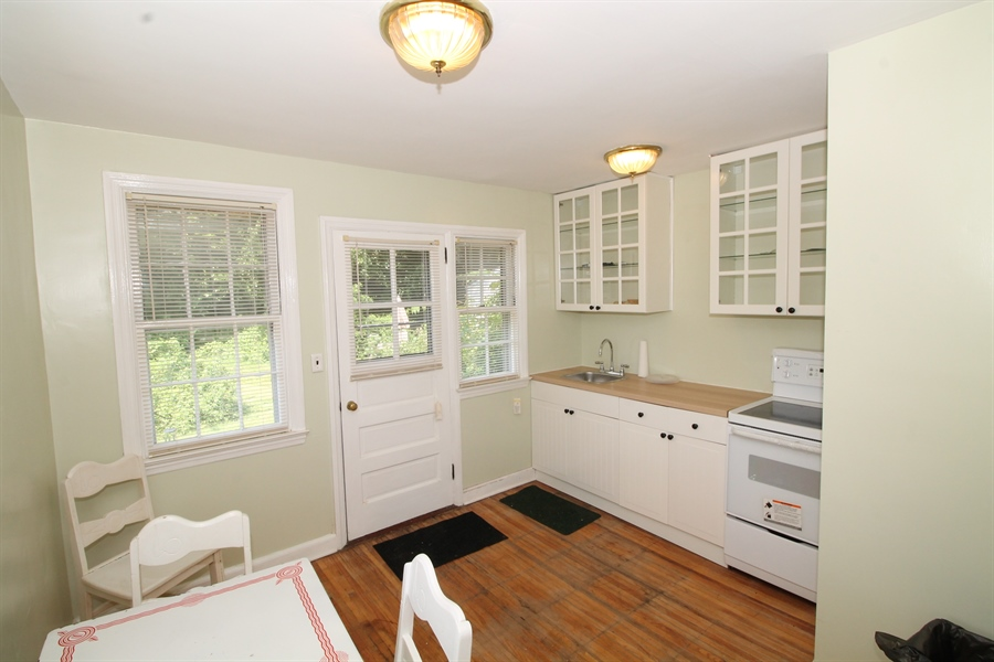 Real Estate Photography - 5 N Mary St, Wilmington, DE, 19804 - Location 2