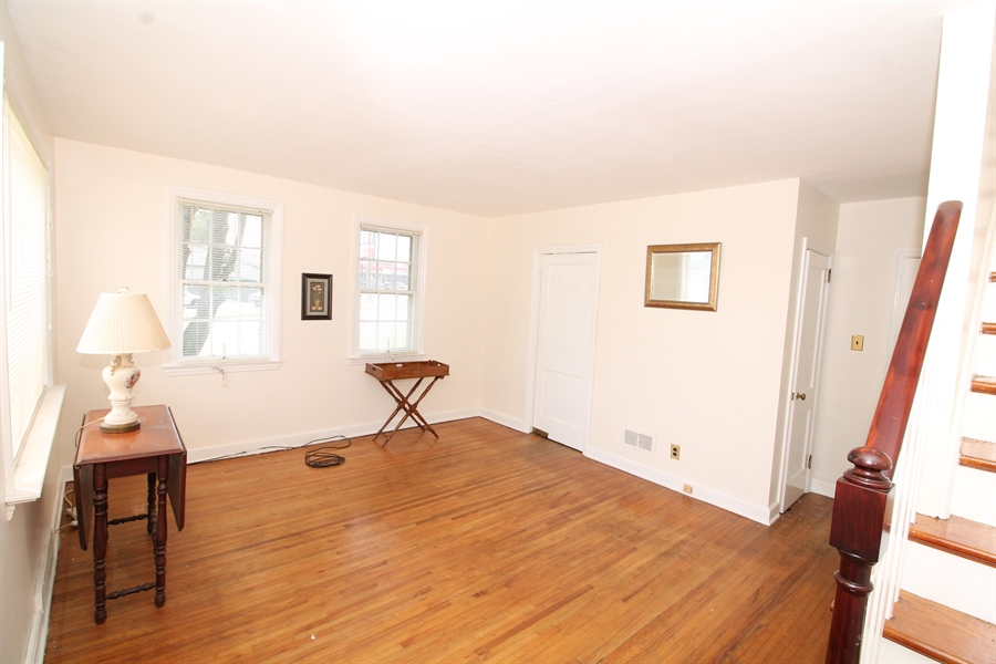 Real Estate Photography - 5 N Mary St, Wilmington, DE, 19804 - Location 7