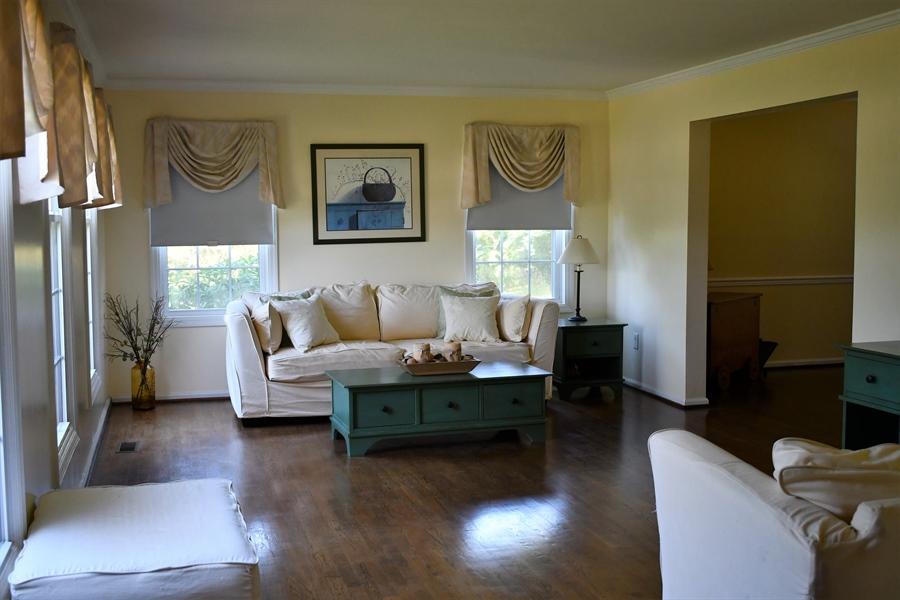 Real Estate Photography - 28 Morning Glen Ln, Newark, DE, 19711 - Formal living room