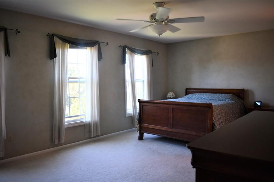 Real Estate Photography - 28 Morning Glen Ln, Newark, DE, 19711 - Master bedroom