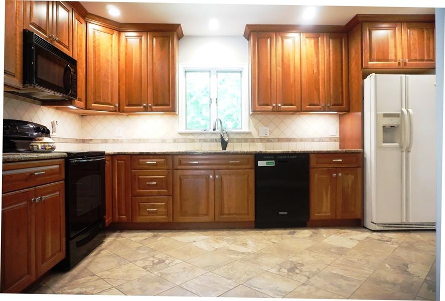 Real Estate Photography - 331 Ware Rd, Newark, DE, 19711 - Custom Kitchen