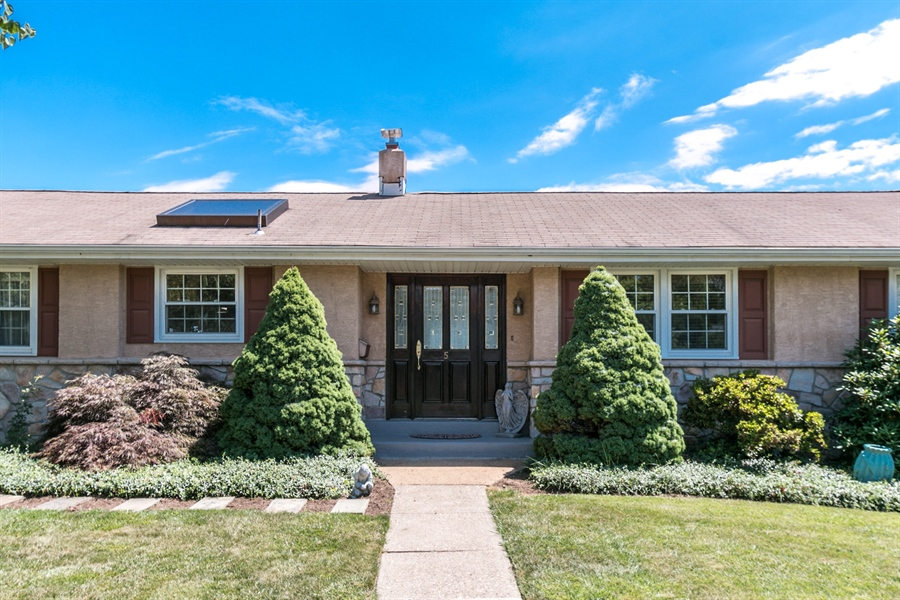Real Estate Photography - 5 Wheatfield Dr, Wilmington, DE, 19810 - Beautiful Front Entry