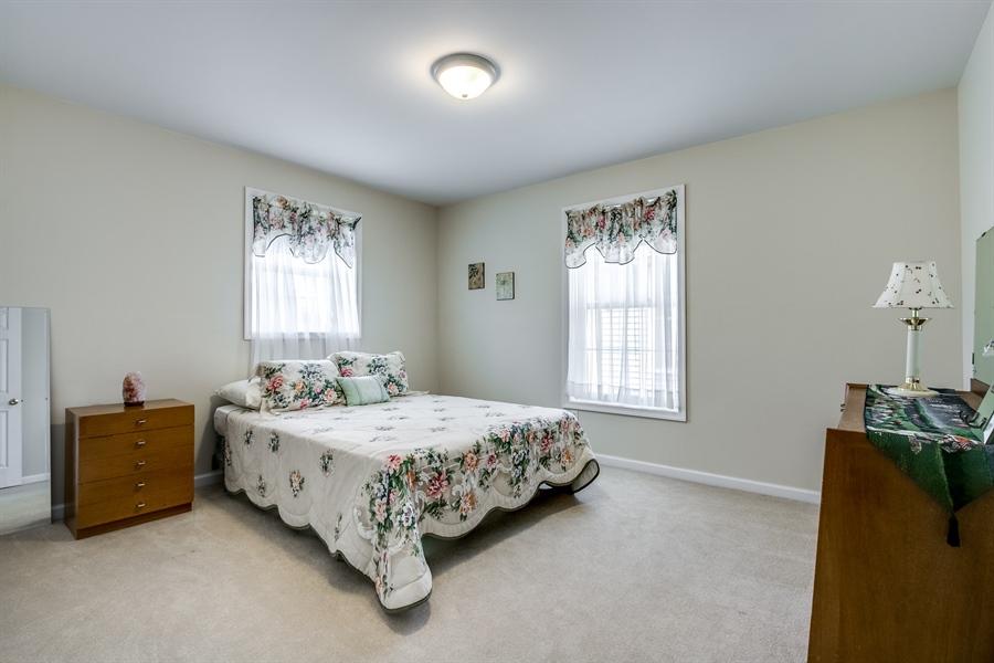 Real Estate Photography - 12 Oak Ave, # A, Newark, DE, 19711 - Guest Bedroom
