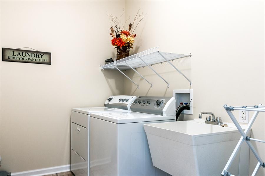Real Estate Photography - 12 Oak Ave, # A, Newark, DE, 19711 - Convenient First Floor Laundry