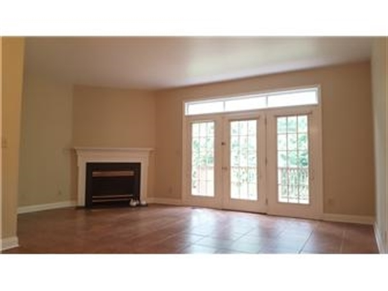 Real Estate Photography - 110 Vineyards Ct, Wilmington, DE, 19810 - Living Room w Fireplace