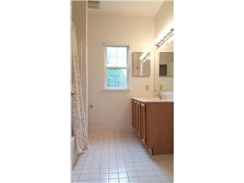 Real Estate Photography - 110 Vineyards Ct, Wilmington, DE, 19810 - 1st Floor Master Bathroom