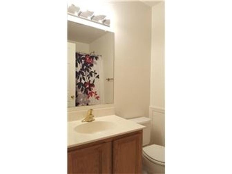 Real Estate Photography - 110 Vineyards Ct, Wilmington, DE, 19810 - 3rd Full Bathroom