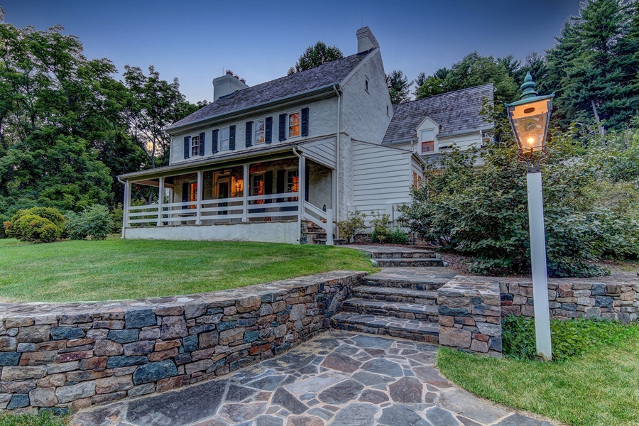 Real Estate Photography - 401 Twaddell Mill Rd, Wilmington, DE, 19807 - Location 1