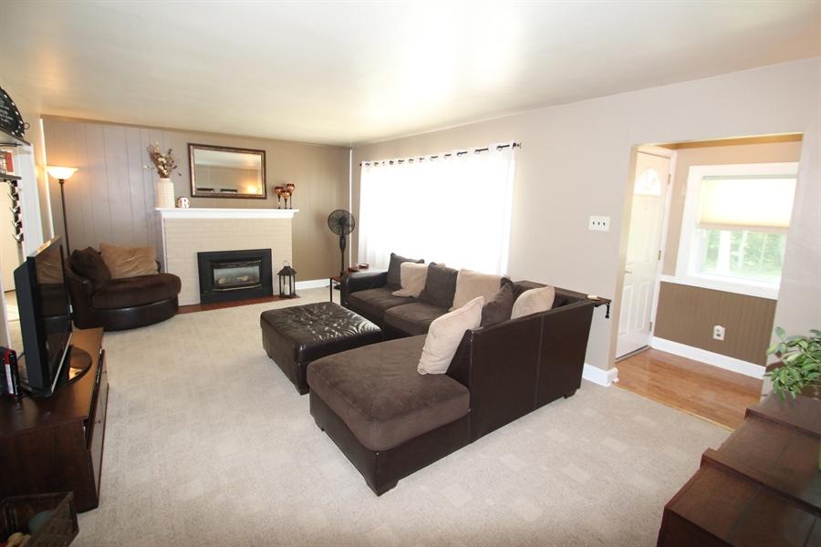 Real Estate Photography - 200 Park Ave, New Castle, DE, 19720 - Living Room