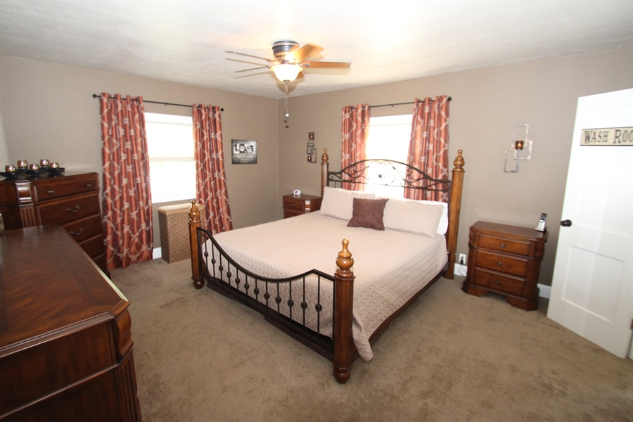 Real Estate Photography - 200 Park Ave, New Castle, DE, 19720 - Master Bedroom