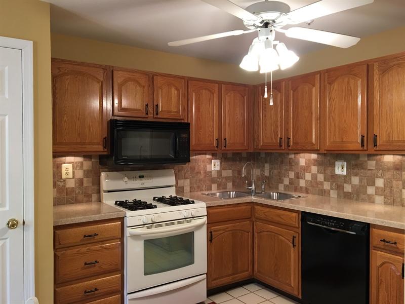 Real Estate Photography - 1400 Braken Ave, Wilmington, DE, 19808 - Gorgeous kitchen with pantry & tile backsplash