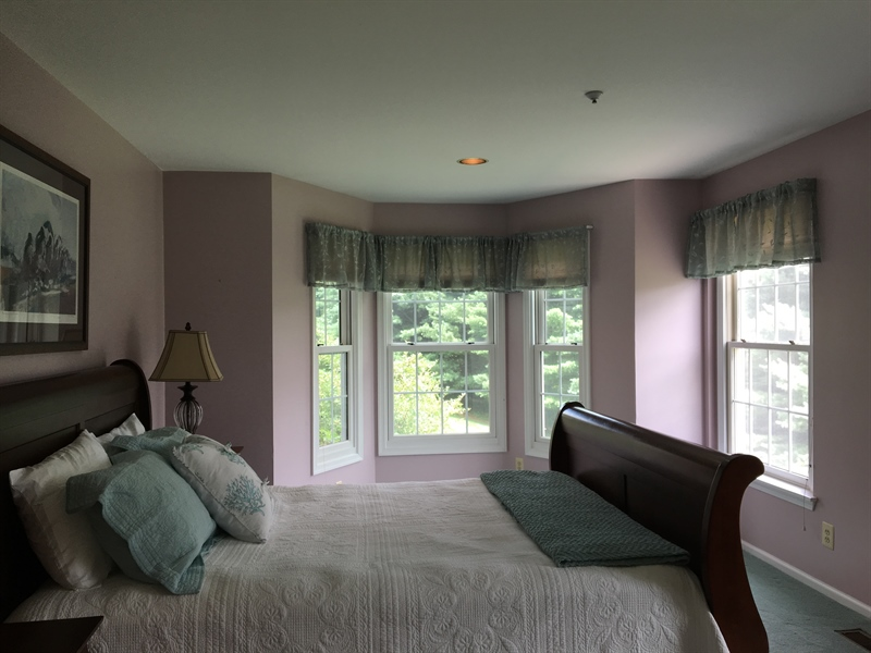 Real Estate Photography - 1400 Braken Ave, Wilmington, DE, 19808 - Master Suite with gorgeous windows & lots of light
