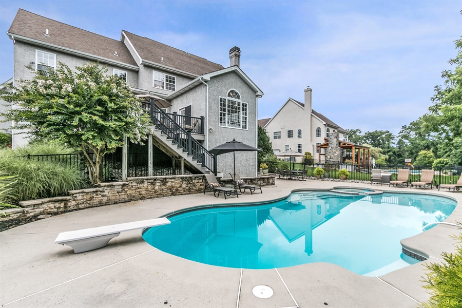 Real Estate Photography - 102 Viburnum Dr, Kennett Square, PA, 19348 - Location 19