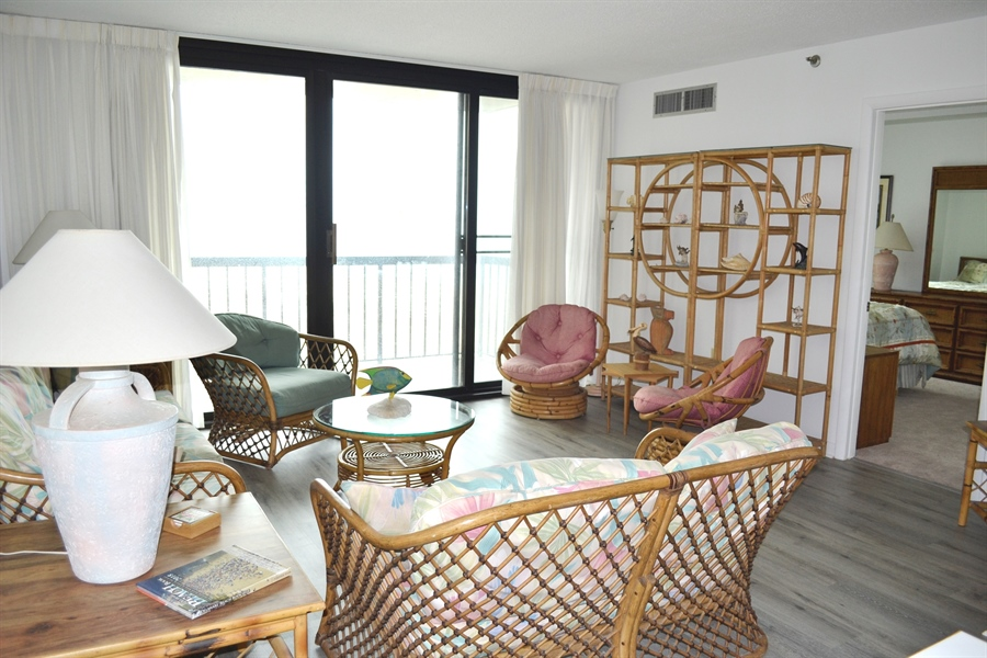Real Estate Photography - 511 Island House Rd, Bethany Beach, DE, 19930 - Living Room w/Great View