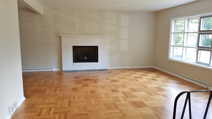 Real Estate Photography - 1418 Fresno Rd, Wilmington, DE, 19803 - Bright Living Room w/ Fireplace