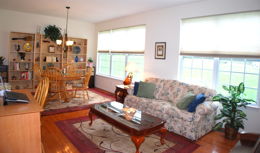 Real Estate Photography - 241 E Hillcrest Ave, West Grove, PA, 19390 - Location 12