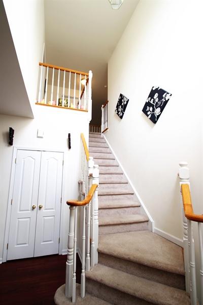 Real Estate Photography - 621 Cypress Ln, Morton, PA, 19070 - Foyer