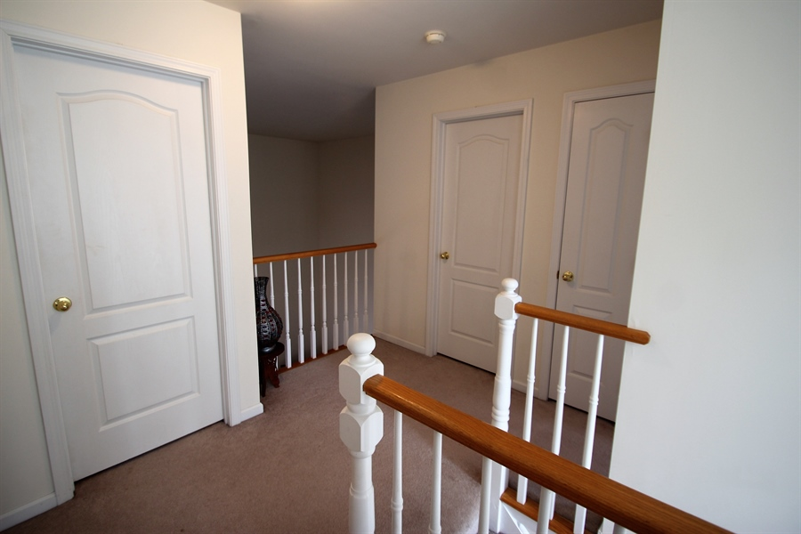 Real Estate Photography - 621 Cypress Ln, Morton, PA, 19070 - Upstairs Hallway