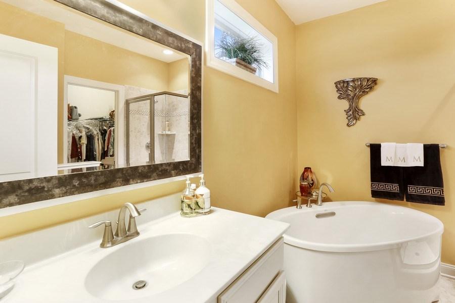 Real Estate Photography - 1509 Schwinn Street, Middletown, DE, 19709 - Master Bathroom