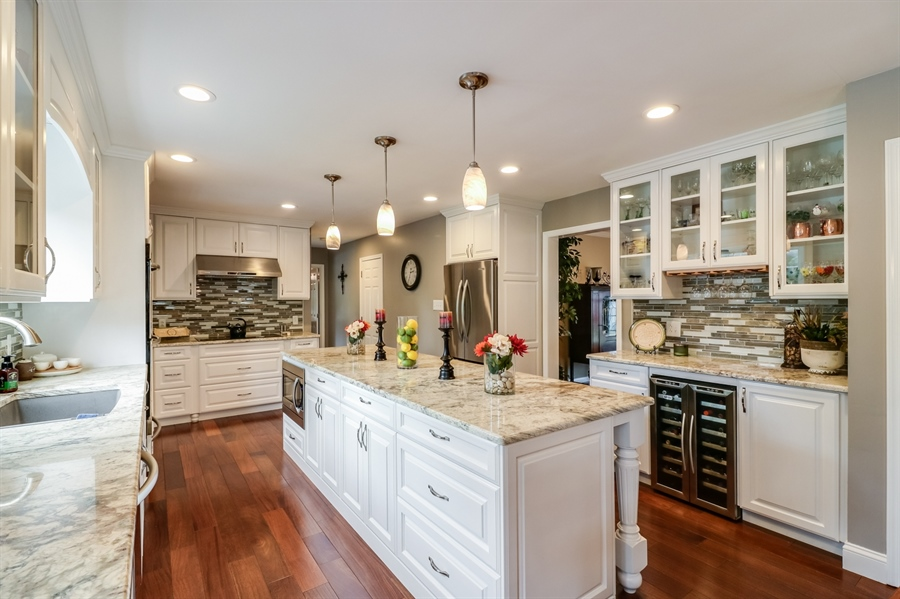 Real Estate Photography - 142 Bromley Dr, Wilmington, DE, 19808 - Custom Cabinetry