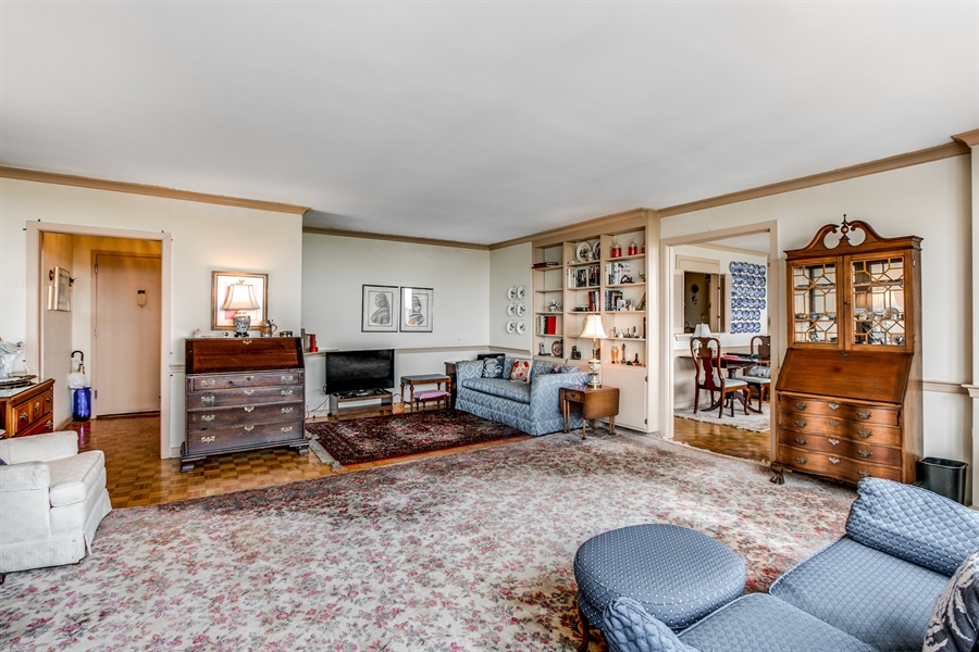 Real Estate Photography - 1401 Pennsylvania Avenue #1512, 1512, Wilmington, DE, 19806-4117 - Another Living Room View