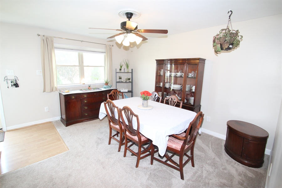 Real Estate Photography - 224 Cobble Creek Curv, Newark, DE, 19702 - Dining Room