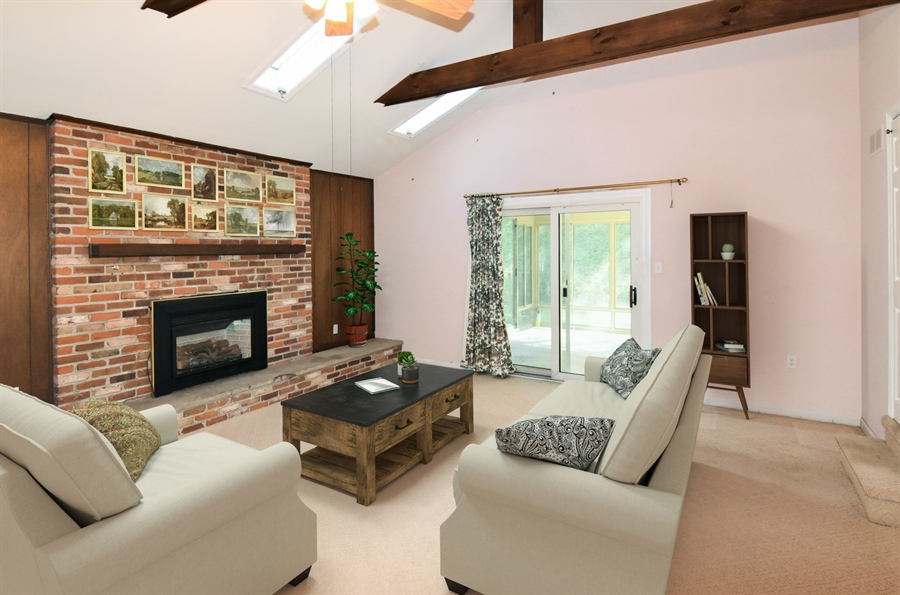 Real Estate Photography - 2806 Fawkes Dr, Wilmington, DE, 19808 - Family Room