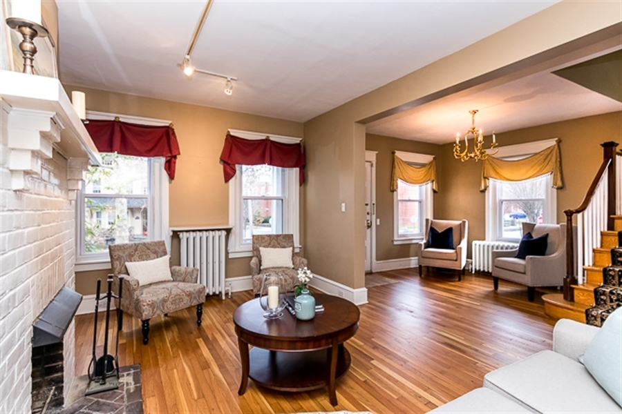 Real Estate Photography - 2101 N Grant Ave, Wilmington, DE, 19806 - Tons of natural light in the living area
