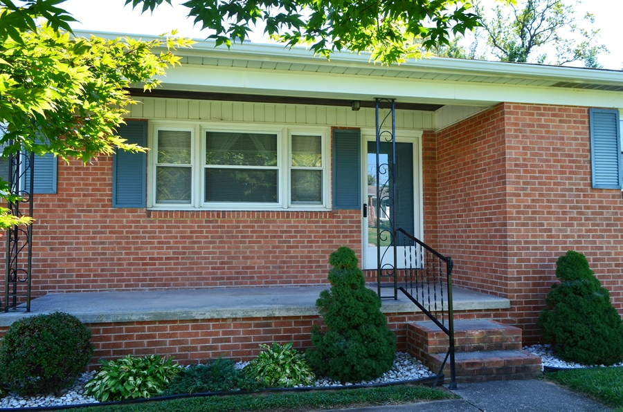 Real Estate Photography - 103 Admiral Dr, Wilmington, DE, 19804 - Relaxing Front Porch