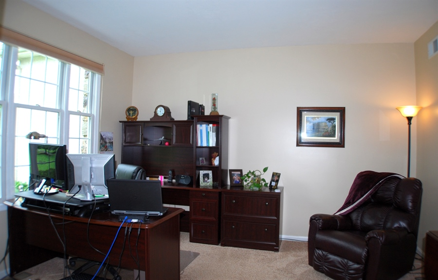 Real Estate Photography - 117 Cavender Ln, Landenberg, PA, 19350 - First Floor Office