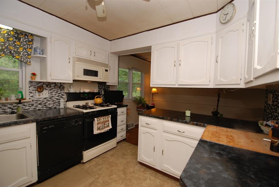Real Estate Photography - 1066 Wagoner Dr, Wilmington, DE, 19805 - Location 2