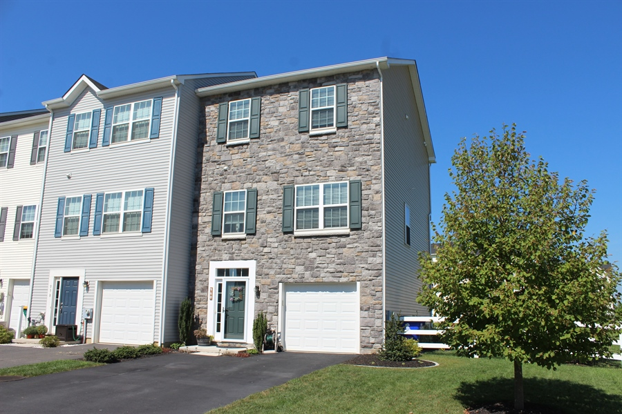 Real Estate Photography - 960 Lissicasey Loop, Middletown, DE, 19709 - Location 1