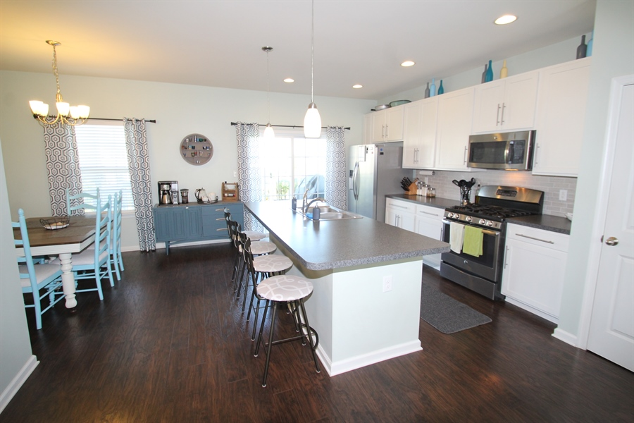 Real Estate Photography - 960 Lissicasey Loop, Middletown, DE, 19709 - Fabulous Eat-In Kitchen