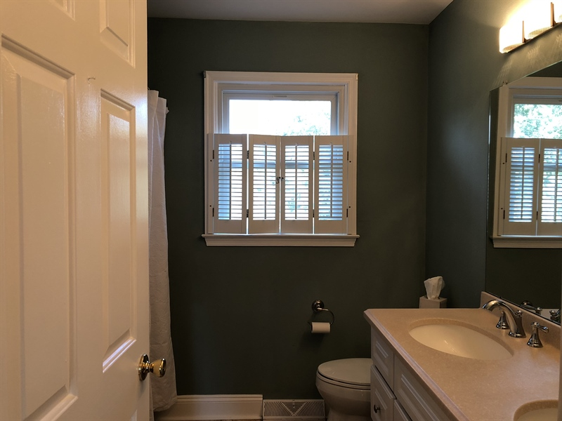 Real Estate Photography - 43 Pierson Dr, Hockessin, DE, 19707 - Second updated full bath with double sinks