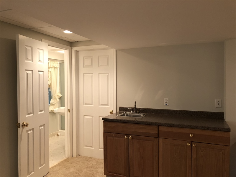 Real Estate Photography - 43 Pierson Dr, Hockessin, DE, 19707 - ...and a wet bar and a Third Full Bath!