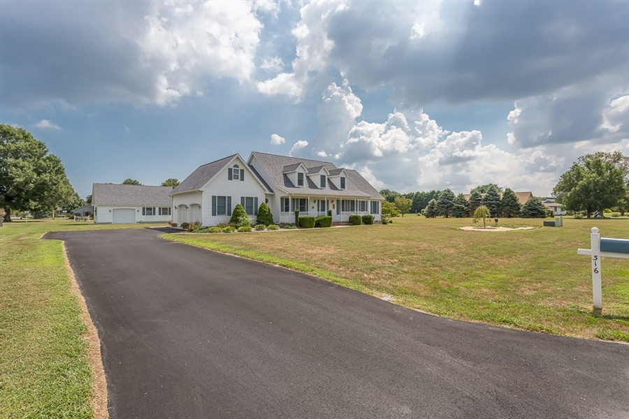 Real Estate Photography - 316 Pond Rd, Millsboro, DE, 19966 - Lots of paved parking.