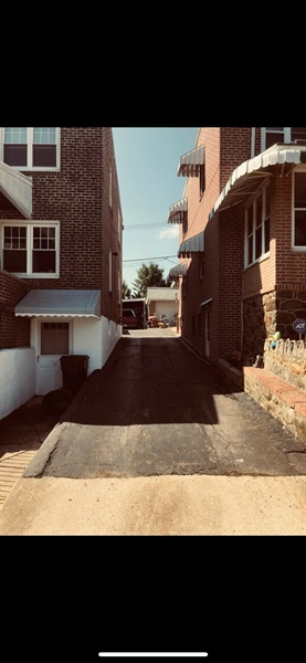 Real Estate Photography - 1510 Linden St, Wilmington, DE, 19805 - Location 2