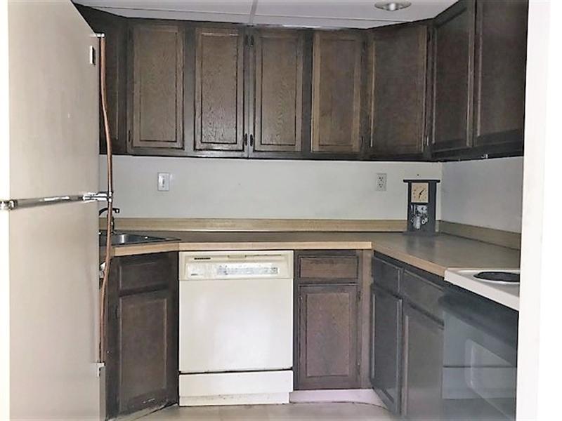 Real Estate Photography - 4842 W Brigantine Ct, Wilmington, DE, 19808 - Location 6