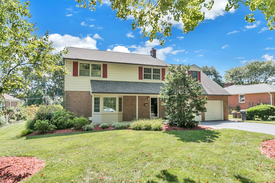 Real Estate Photography - 334 Hampton Rd, Wilmington, DE, 19803 - Location 1