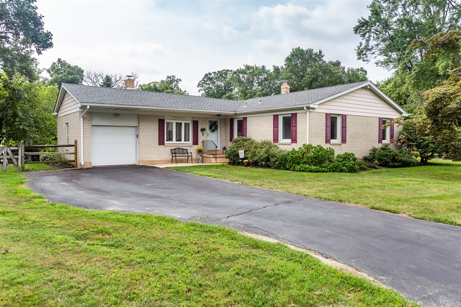Real Estate Photography - 2214 Inwood Rd, Wilmington, DE, 19810 - Welcome home !