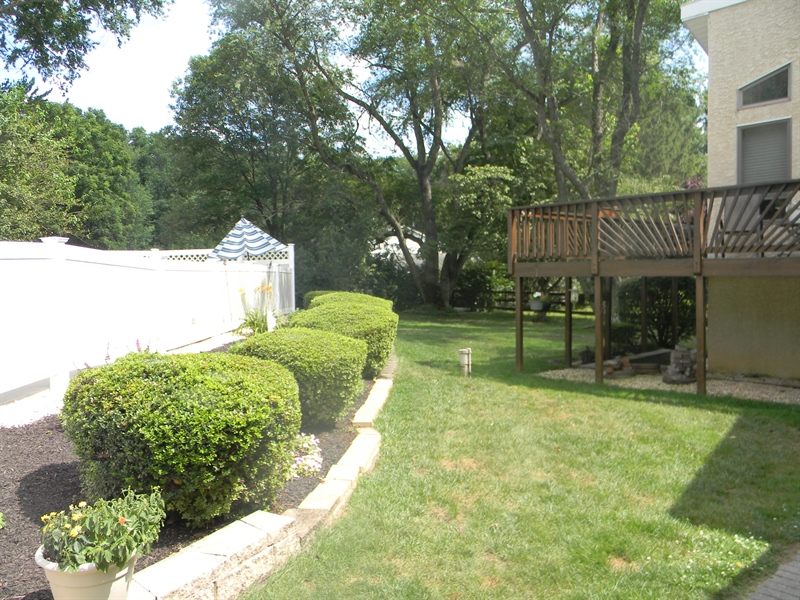 Real Estate Photography - 480 Little Egypt Rd, Elkton, MD, 21921 - LOVELY GARDENS